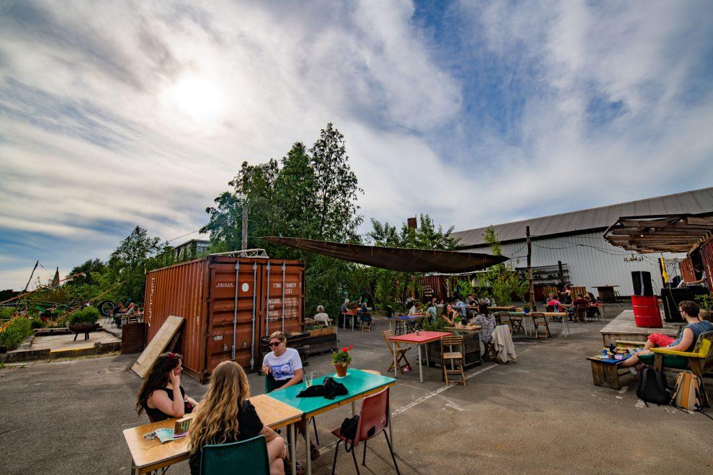 EM2 Groningen - terras patio